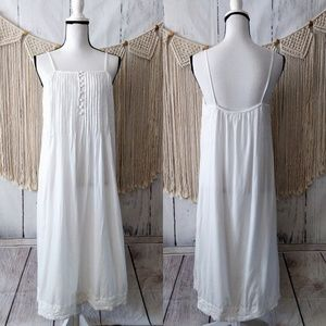 House of Harlow 1960 Dresses - House of Harlow White Pleated Button Midi Dress M